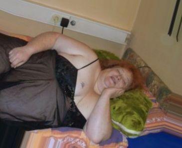 single woman in Stourbridge, West Midlands